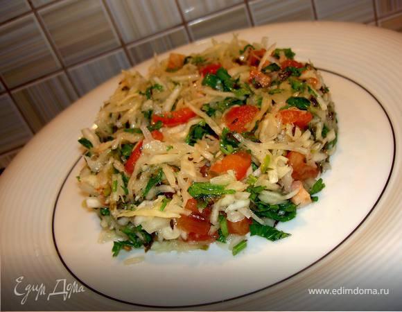 Салат из белокочанной капусты с салом