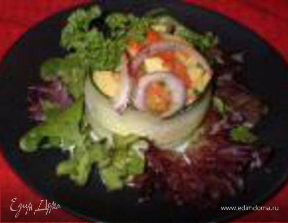Салат из Авокадо и Крабов с Печеным Перцем