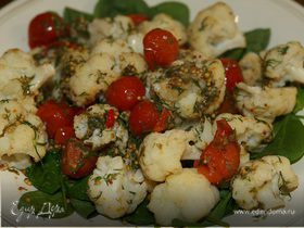 Салат с цветной капустой, укропом и каперсами