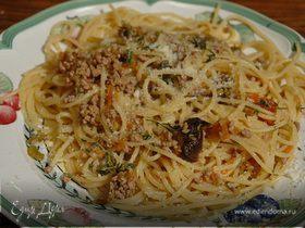 Спагетти с телятиной и сельдереем
