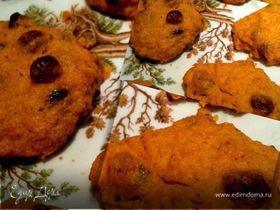 Морковно-творожное печенье с корицей и изюмом