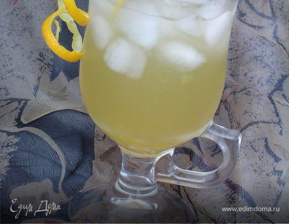 Ледяной чай с апельсинами