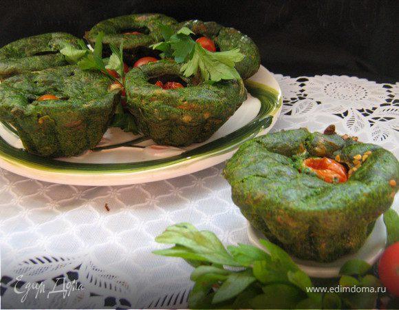 """Закусочные """"зелёные"""" маффины со шпинатом и сыром."""