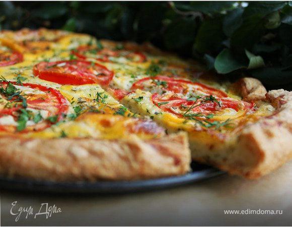 Творожный пирог с сыром и томатами