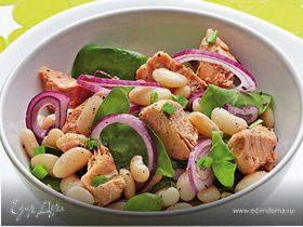 Дачный салат с фасолью и горбушей