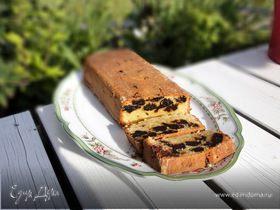 Миндальный кекс с черносливом и шоколадом