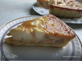Грушевый пирог с карамельной заливкой