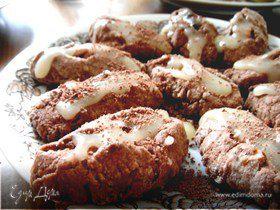 Ореховое печенье со сливочной глазурью