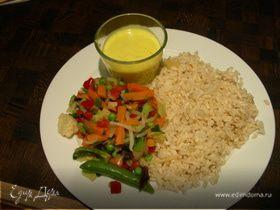 Kadhi (индийский густой соус с йогуртом и нутовой мукой)
