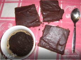 Шоколадно-сметанное пирожное