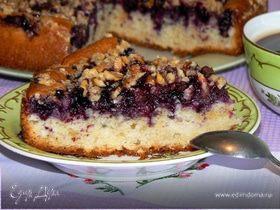 Пирог с ягодой и хрустящей крошкой