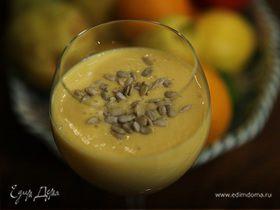 Соевый коктейль с персиками и семечками