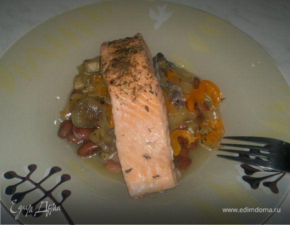 Рыбно-бобовая похлебка со сладким перцем и лесными грибами