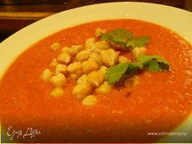 Суп-пюре из чечевицы и нута с помидорами