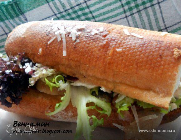 Сэндвич с шампиньонами и копченым беконом