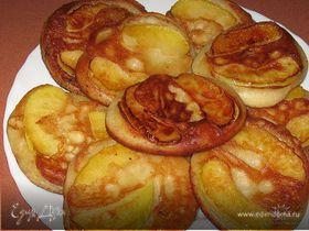 Оладьи с яблоками
