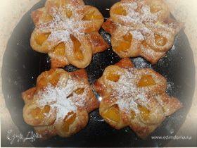 Нежные персиковые слойки.
