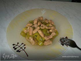 Паста из муки дурум с овощами и грудка индейки с бальзамиком