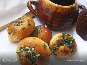 Закусочные булочки с зеленью и чесноком