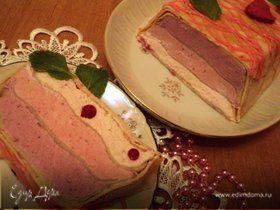 Блинный террин с ягодно-сливочным суфле