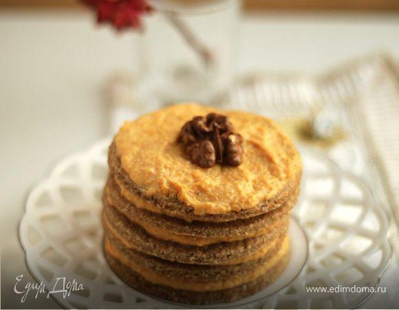Песочное пирожное с тыквенным кремом