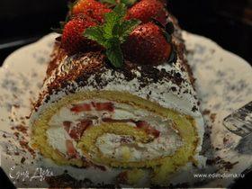 Клубничный торт- рулет