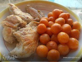 Ванильное куриное филе с медовой морковью
