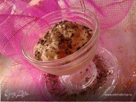 Банановое мороженое с тертым шоколадом
