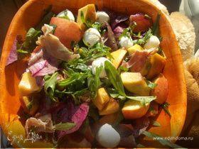 Салат с персиками от Джейми Оливера