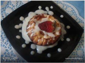 Творожный пудинг со сливочным соусом