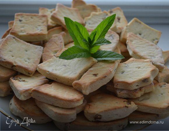 Печенье на белках с грецкими орехами