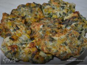 Рубленые куриные котлетки с кукурузой и зеленью