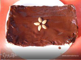 Шарлотка с грушами и шоколадной помадкой
