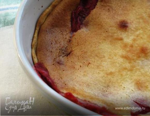 Клубничный пирог со сметаной
