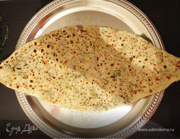 Женгялов хац (переводится как хлеб с травами)