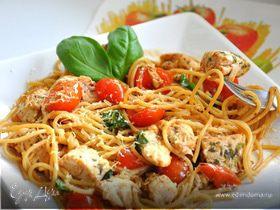 Спагетти с курицей и помидорками Черри