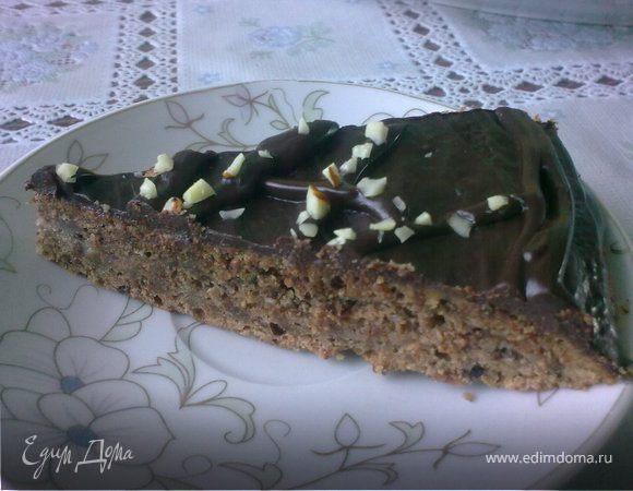 Шоколадно-миндальный торт с заварным кремом