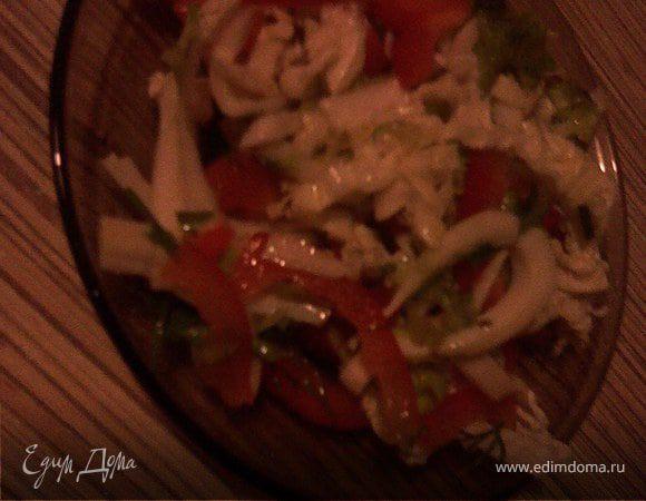 Салат из кальмаров со сладким перцем