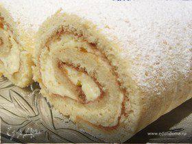 Бисквитный ванильно-абрикосовый рулет