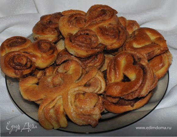 Назад в СССР: булочки с корицей от бабушки (+МК по формовке)