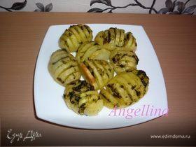 Картофель, запеченный в фольге с чесночным соусом