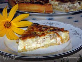 Лоранский пирог с курицей, грибами и цветной капустой
