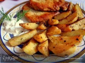 Запеченный дольками картофель