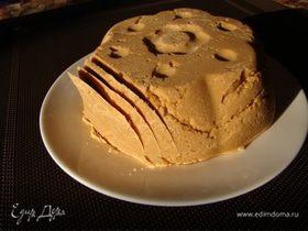 Брюност - коричневый, практически Норвежский сыр (Brunost)