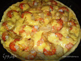 Пицца с креветками и артишоками