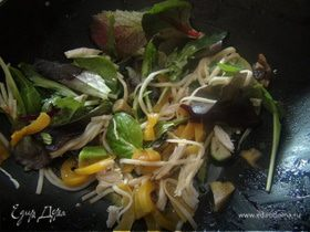 Теплый салат (По мотивам китайской кухни)