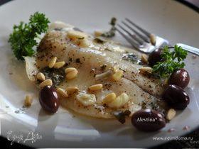 Рыба с оливками и кедровыми орешками