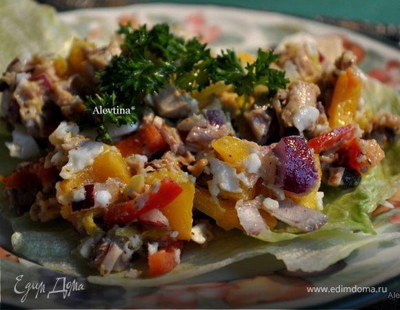 Салат с цыпленком и овощами