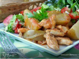 Куриное филе с грушами в винном соусе