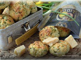 Луково-чесночное печенье с сыром Джюгас